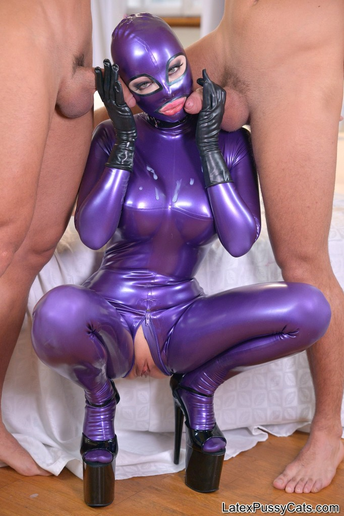 Latex Lucy Submissive In Pink Pornky 1